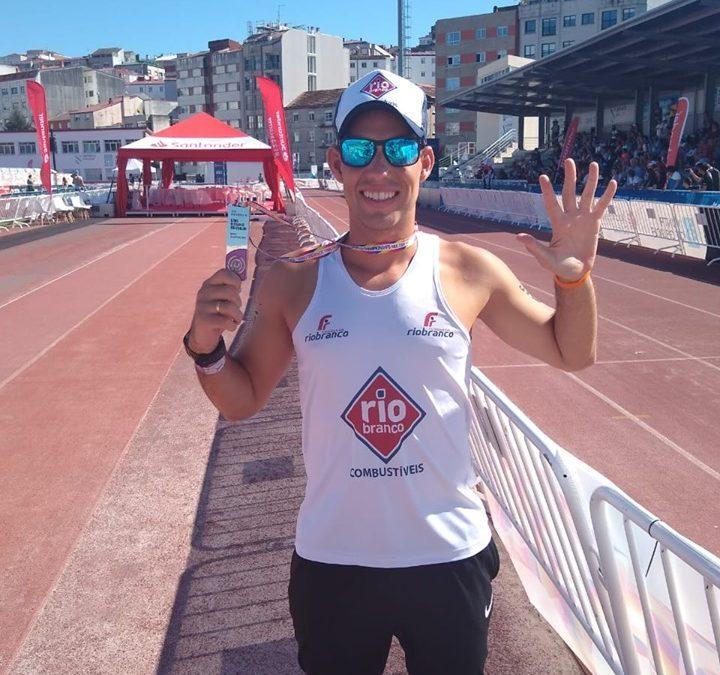 Jhonathan Castro é um dos cinco melhores triatletas do mundo